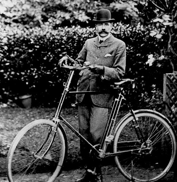 Elgar with bicycle